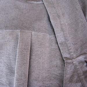 折り伏せ縫いと2重ヨーク